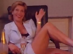 MILF porn porno - video sesso per adulti gratis.