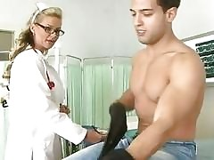 Infermiere milf - video sex xxx