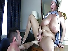 Milf com big breasted - xxx videos porno
