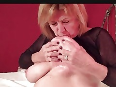 busty blonde milf - video sexe gratuit