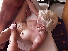 wilde milf porno - milf moeder porno
