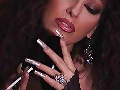 fumare caldo milf - video sesso corti